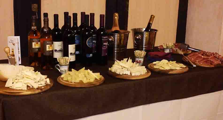marsala-buon-vino-non-solo-degustazione-dolci-formaggi-vino