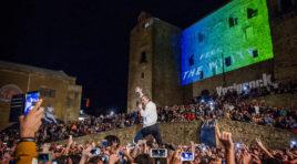 Turismo, la Regione finanzia 17 mega eventi